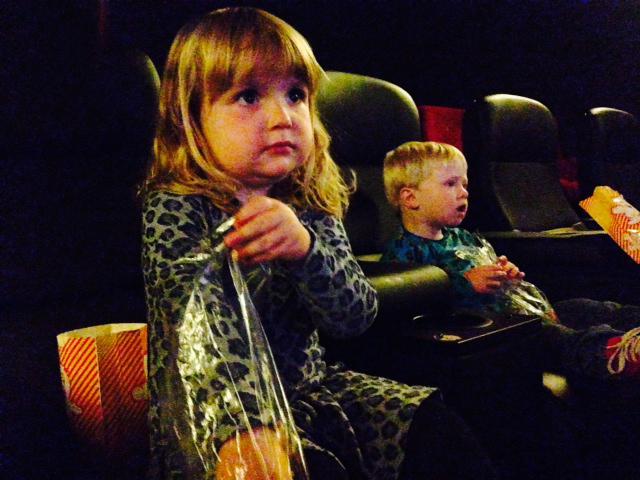 Børn på biograftur