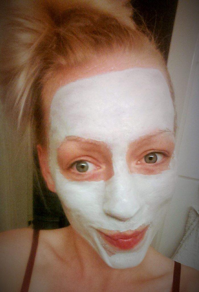Milk & Co's Rejuvenating masque t er en ansigtsmaske der, i den grad, giver den trætte hud nyt liv.