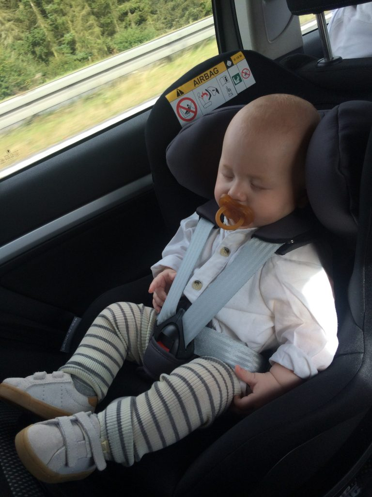 Wilbert, 6 måneder, har fået lov til at teste Cybex Sirona M I-Size