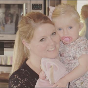 Mette L med sin datter