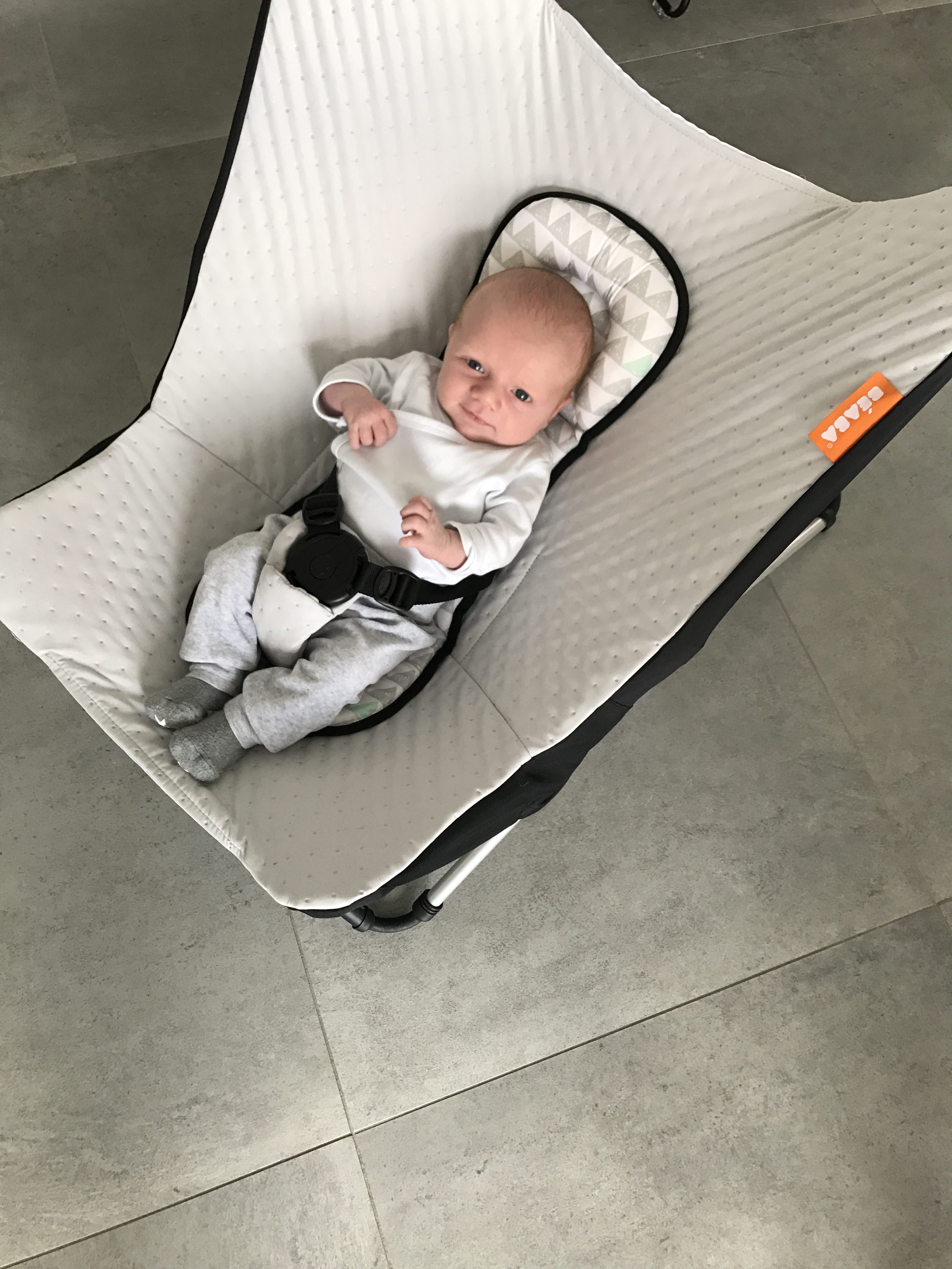 béaba skråstol med baby