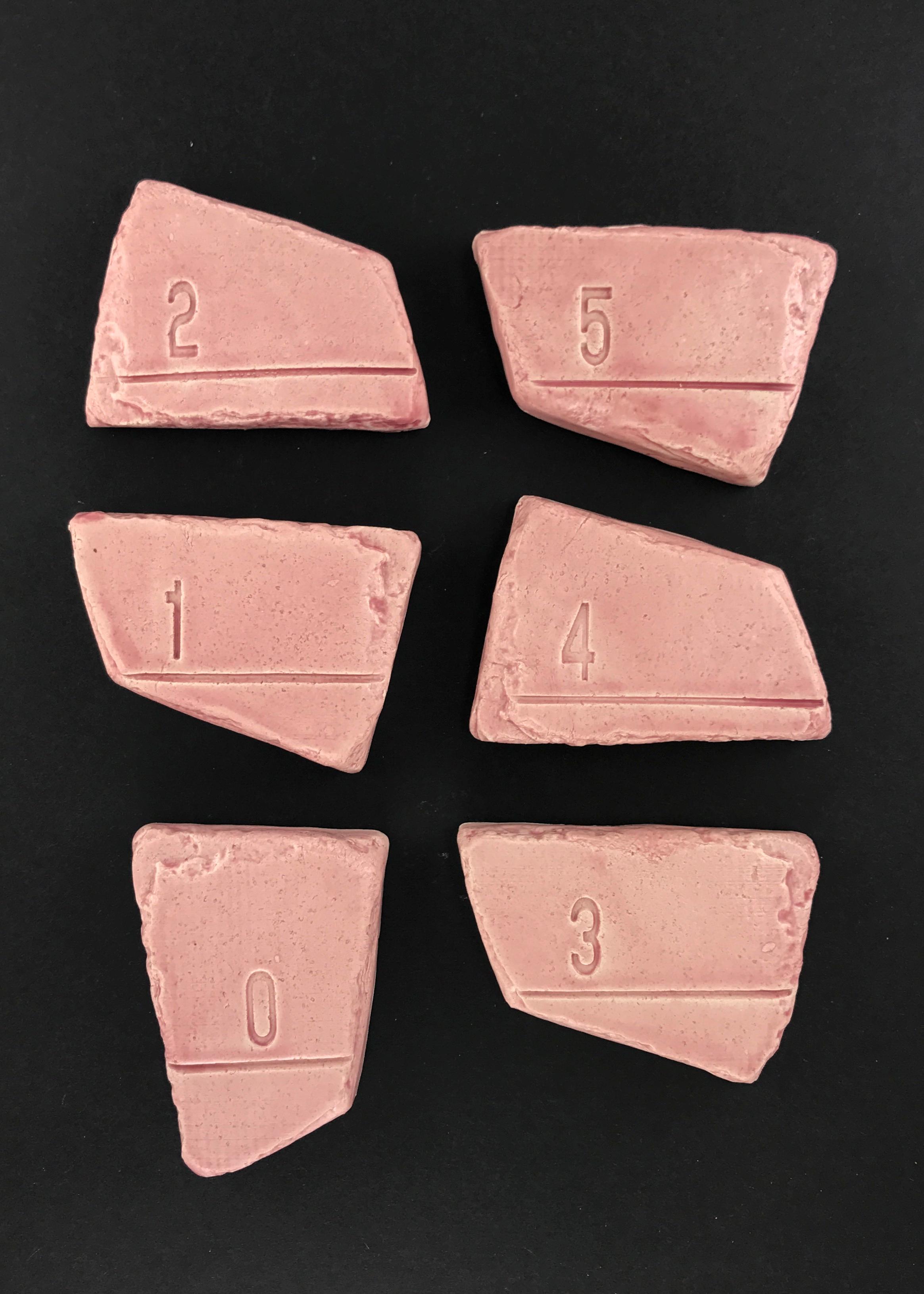 Vingl målværk 0-5 år - kirsebær målestok, 8 stk. på lager fra Vingl på pixizoo