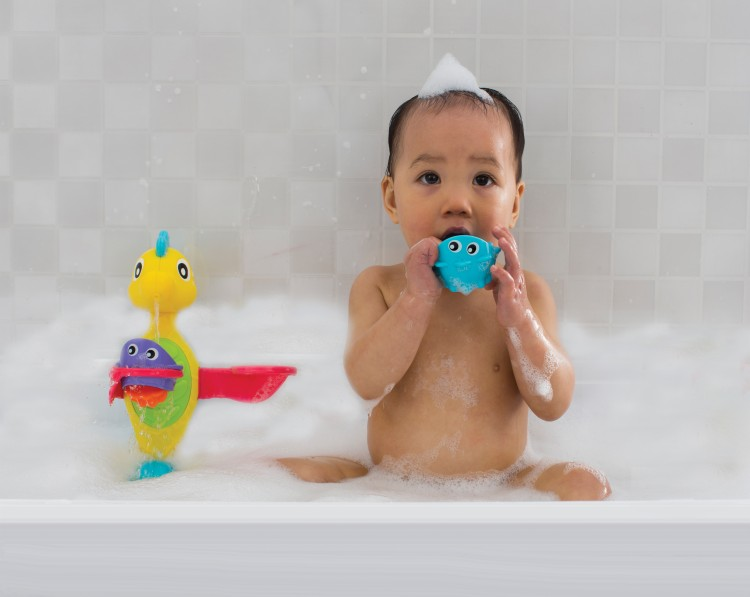 Playgro Flowing bath tap and cups badelegetøj - playgro, 4 stk. på lager fra pixizoo