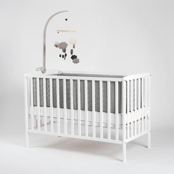 Tiny Republic Pixi tremmeseng hvid + Heybasic 3D lux air madras