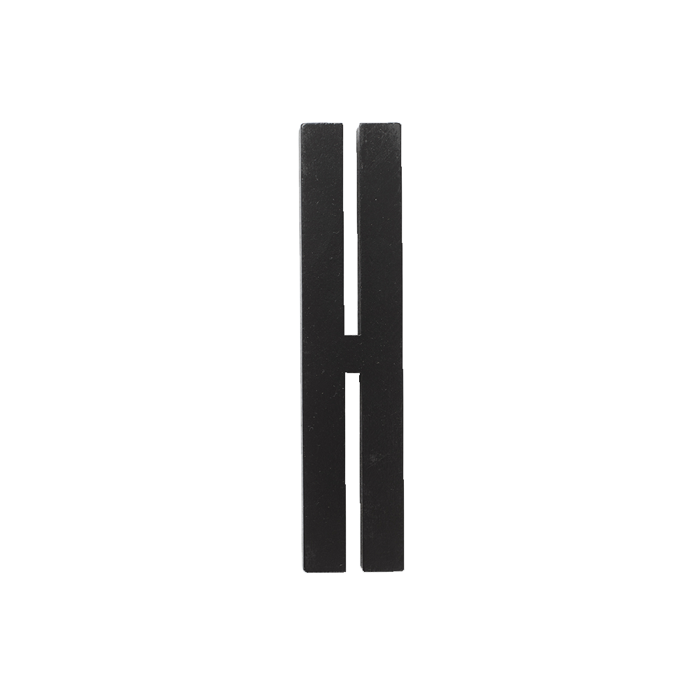 Designletters Design letters black wooden letters - h, 9 stk. på lager på pixizoo